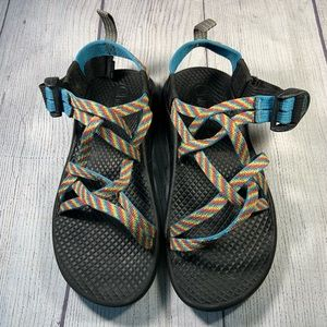 Chaco blue rainbow size 13 kids